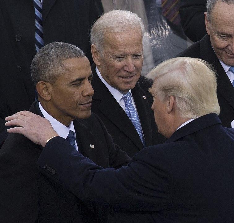 Joe Biden e Barack Obama na posse de Donald Trump, em 20/01/2017. Foto: U.S. Marine Corps Lance Cpl. Cristian L. Ricardo.